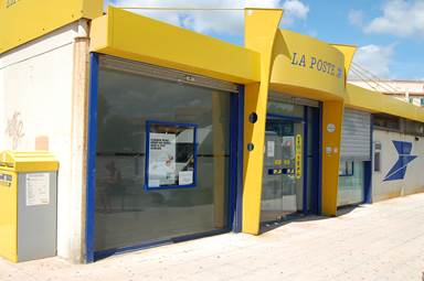 Distributeur La Poste Port Leucate