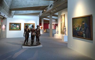 Un visite au musée Sainte-Croix