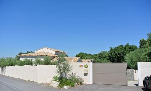 """Gîte """"les Oliviers"""" – SOUVIGNARGUES – location Gard"""