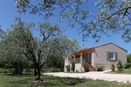 Maison indépendante entre Gard et Ardèche.