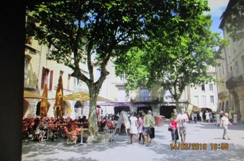 meuble-Serviers-et-Labaume1 ©