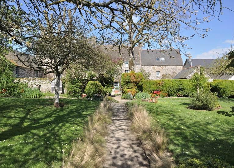 La Seigneurie - côté jardin